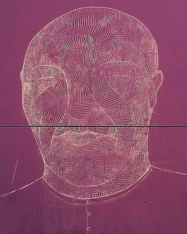 Homme violet